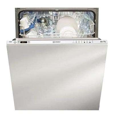 lave-vaisselle encastrable integre Indesit EDIFP68B1AEU